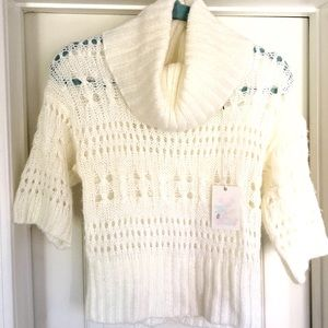 NWT Rue21 turtle neck sweater Size small